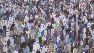 Pakistan: milioni in preghiera per la fine del Ramadan