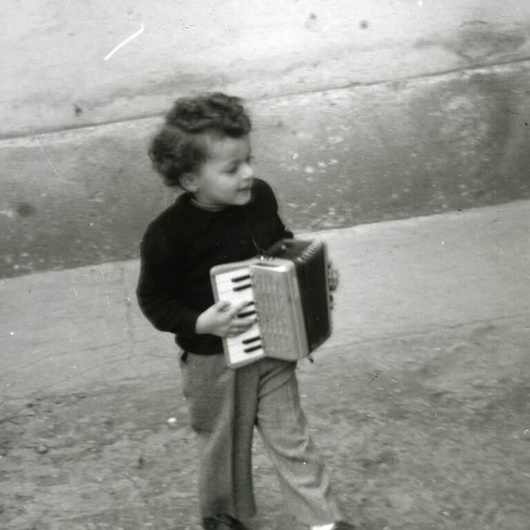 Claudio-Baglioni-1951-instagram