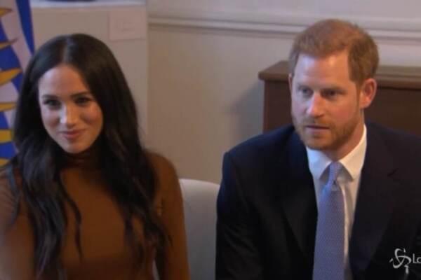 Il principe Harry e Meghan Markle devono rinunciare ai titoli reali