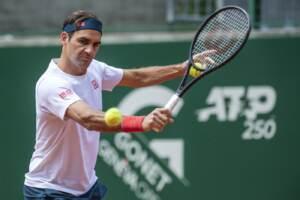 ATP 250 Tennis: Roger Federer si allena a Ginevra