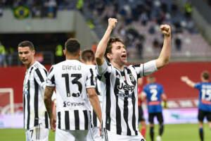 Coppa Italia, la Juve batte l'Atalanta: l'esultanza di Chiesa