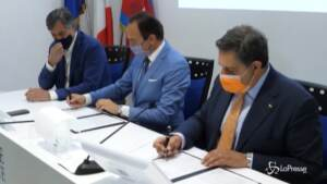 Vaccini, Toti e Cirio firmano protocollo reciprocità Piemonte-Liguria