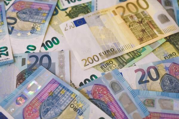 Crollo dei consumi nel 2020: -5000 euro per ogni famiglia italiana