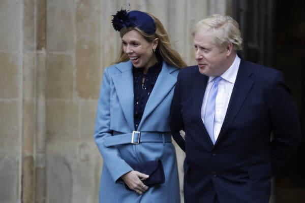 Boris Johnson si risposa, nozze con Carrie Symonds nel 2022