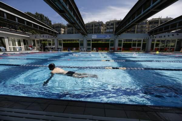 Nuovo decreto Covid, riapertura palestre e piscine