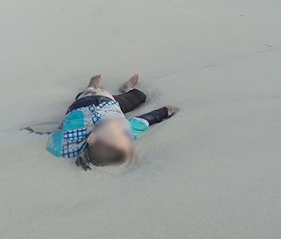 Bambini morti sulla spiaggia della Libia: le foto shock di Open Arms
