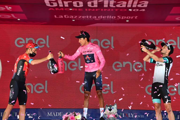 Ciclismo, Egan Bernal trionfa al Giro d'Italia – LA GALLERY