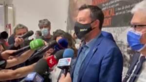 """Giustizia, Salvini presenta il referendum con i radicali: """"Chi sbaglia paga"""""""