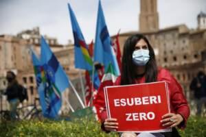 Roma, manifestazione dei lavoratori Alitalia