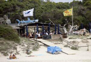 Spagna, due italiani feriti con colpi di arma da fuoco a Ibiza: uno è grave