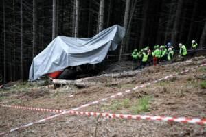 Strage funivia Stresa-Mottarone, sopralluogo tecnico sul luogo della tragedia
