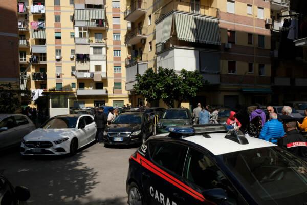 Donna trovata morta legata e imbavagliata a Napoli