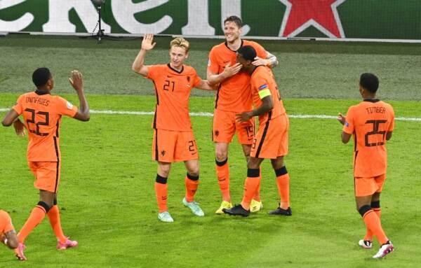 Euro 2020: l'Olanda domina, si fa rimontare ma nel finale stende l'Ucraina