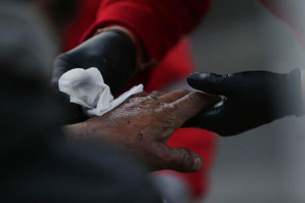 Istat: 5,6 milioni di italiani in povertà assoluta nell'anno del Covid