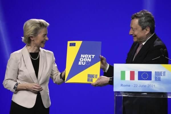 Roma, presidenti Draghi e Von der Leyen in conferenza stampa congiunta per approvazione del Pnrr