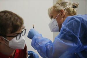 Roma, apertura dell'Open Day Junior: campagna vaccinale per i ragazzi della fascia 12-16 anni