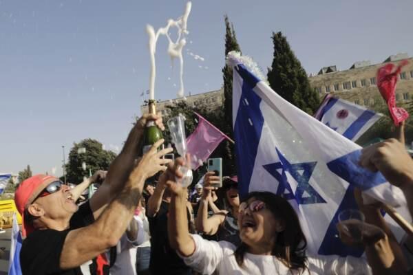 Israele volta pagina dopo 12 anni: addio al governo di Netanyahu
