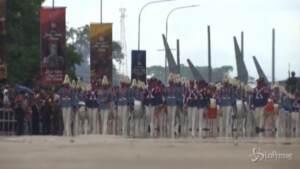 Venezuela, parata militare per celebrare i 200 anni di indipendenza