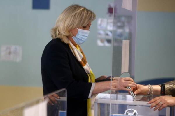Francia, secondo turno delle elezioni regionali