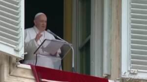 """Libano, l'appello di Papa Francesco: """"Mostri il suo volto di pace"""""""