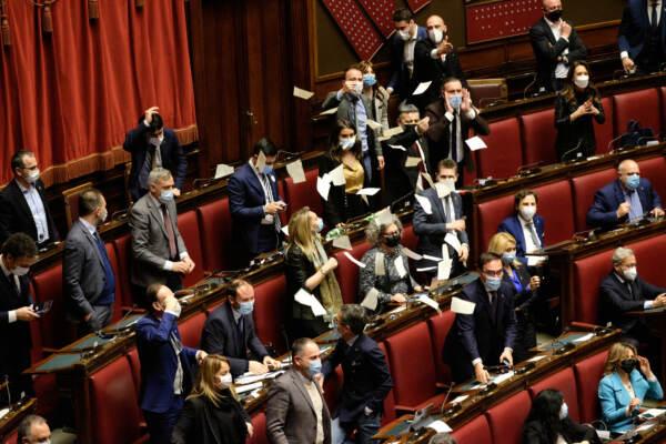 Camera dei Deputati - legge scostamento di bilancio