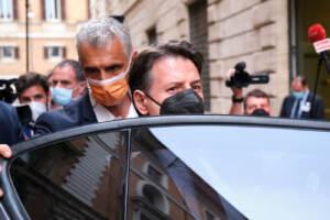M5S, Conte incontra senatori a Palazzo Madama
