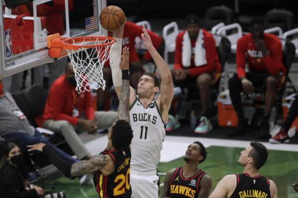 Nba: Milwaukee supera Hawks di Gallinari e si porta sul 3-2