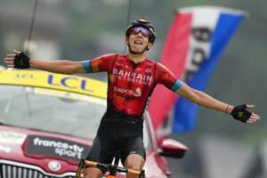 Tour de France: Teuns vince 8/a tappa, Pogacar in giallo