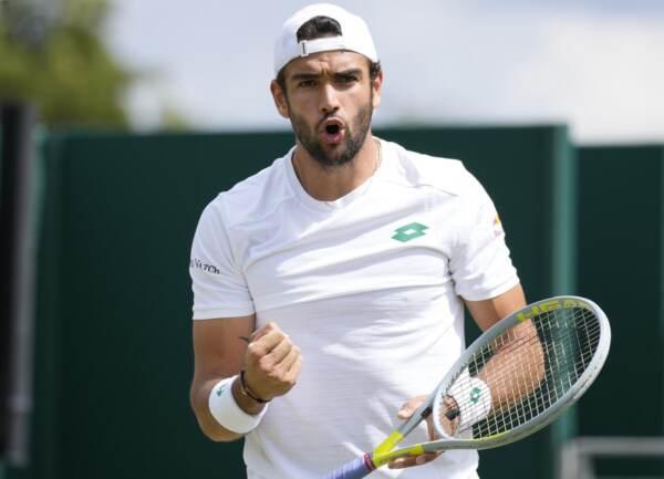Wimbledon, Berrettini vola ai quarti: dominato Ivashka