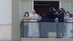 """Papa, Angelus dal Gemelli: """"Mantenere buon servizio sanitario accessibile a tutti"""""""