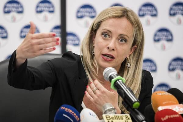 Giorgia Meloni presenta il congresso nazionale di Azione Universitaria