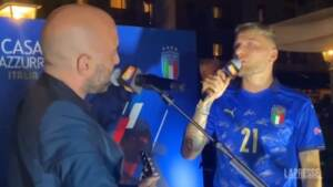 """Festa azzurri, Immobile e Giuliano Sangiorgi cantano """"Napul è"""""""