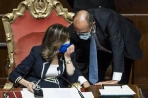 """Ddl Zan, il Senato boccia la sospensiva per un voto. Salvini: """"Dialogo o la legge è morta"""""""