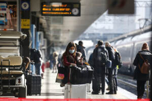 Roma, Stazione Termini: ultimi spostamenti prima del lockdown del 24 dicembre