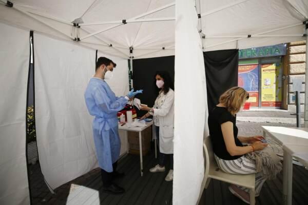 Vaccini: Lazio, al via somministrazioni in farmacie