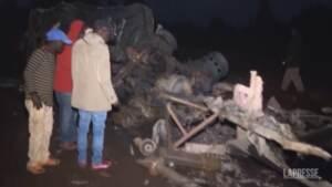 Kenya, esplode cisterna di carburante: 13 morti