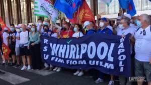 """Lavoratori Whirlpool in corteo a Roma, Re David (Fiom): """"Utili in aumento, difficile annoverarla tra aziende in crisi"""""""
