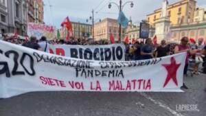 G20 Ambiente, il corteo degli antagonisti in una Napoli blindata dalle Forze dell'Ordine