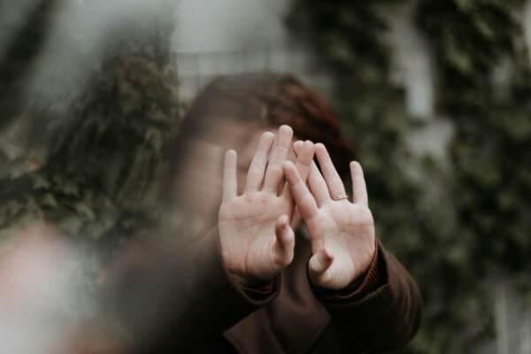 """Oroscopo di sabato 24 luglio, Bilancia: """"Brusca fermata di un rapporto sentimentale"""""""