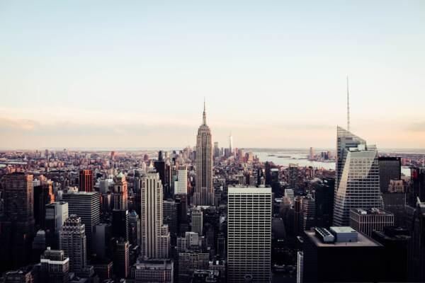 Covid, New York verso vaccinazione obbligatoria per dipendenti pubblici