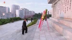 Pyongyang, omaggio di Kim Jong-un ai caduti cinesi nella guerra di Corea