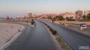 Libia, coprifuoco per due settimane in chiave anti-Covid-19