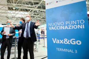 Inaugurazione centro vaccini Vax & go all'aeroporto di Fiumicino