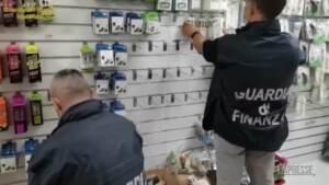 Macerata, sequestrati 19 mila articoli falsi: orologi e occhiali contraffatti