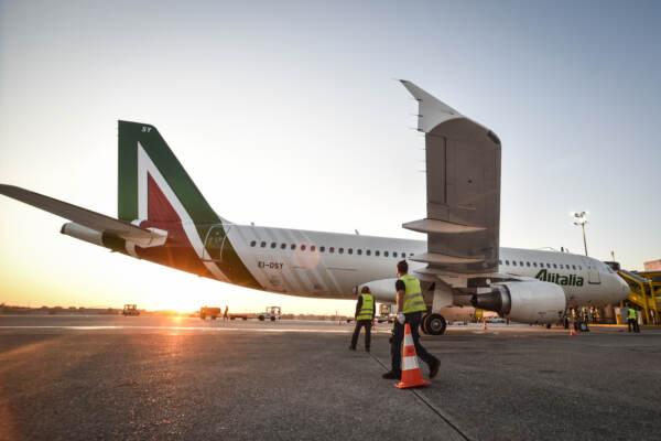 Ita, fonti: irritazione per mancato stop alla vendita di biglietti da parte di Alitalia dopo 15/10