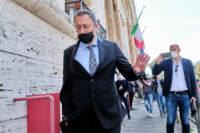 Caso loggia Ungheria, Paolo Storari all'uscita della Procura di Roma