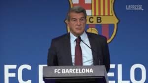 """Messi-Barça, il presidente Laporta: """"Voleva restare, ma non possiamo mettere a rischio il club"""""""