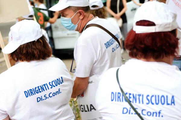 Roma, manifestazione del sindacato DirigentiScuola davanti al Ministero dell'Istruzione