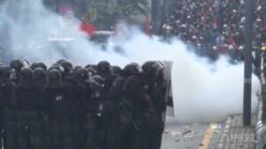 Thailandia, a Bangkok scontri tra polizia e dimostranti anti-governativi