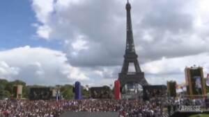 Parigi, il passaggio di consegne per le Olimpiadi del 2024